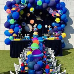 A little bit royal for Daniel's first birthday 🇬🇧 ・・・ Styling- Venue- Event Photographer-… - - Boy Birthday Parties, Birthday Party Decorations, Birthday Themes For Boys, Birthday Celebration, 2nd Birthday, Birthday Ideas, Astronaut Party, Outer Space Party, Moon Party