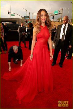 Rihanna - Grammys 2013 Red Carpet