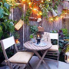 41 Small Garden Ideas For Tiny Outdoor Spaces – Wonderfulbackyard Small Garden Table And Chairs, Garden Chairs, Diy Garden Furniture, Outdoor Furniture Sets, Outdoor Decor, Balcony Furniture, Small Outdoor Patios, Outdoor Living, Outdoor Areas