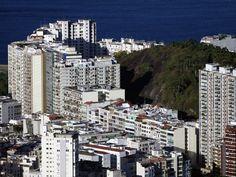 https://flic.kr/p/bJvVyV   Flamengo   O bairro do Flamengo com o Morro da Viúva. Ao fundo, a Baía da Guanabara.  Rio de Janeiro, Brasil. Tenha um belo domingo.  _____________________________________________  Flamengo Neighborhood  With the Widow's Hill. In the background, Guanabara Bay.  Rio de Janeiro, Brazil. Have a great Sunday.  _____________________________________________  Buy my photos at / Compre minhas fotos na Getty Images  To direct contact me / Para me contactar diretamente…