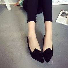 Buy Chryse Asymmetric Pointy Flats at YesStyle.com! Quality products at remarkable prices. FREE WORLDWIDE SHIPPING on orders over US$ 35.