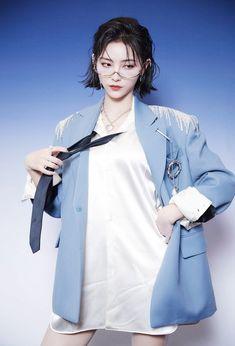 Aesthetic People, Aesthetic Girl, Cute Korean Girl, Asian Girl, Korean Short Hair, Pose Reference Photo, Model Face, Foto Pose, Just Girl Things