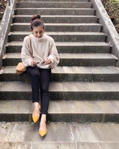 やっぱり頼れる♡「黒スキニー」11月のお手本コーデ12連発 - LOCARI(ロカリ) Womens Fashion, Ladies Fashion, Fashion News, Winter Fashion, Normcore, Autumn, Knitting, Lady, Shoes