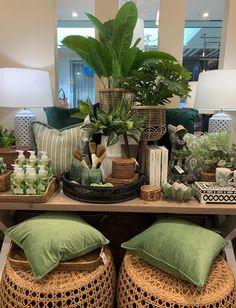 Interior Design Plants, Shop Interior Design, Retail Design, Store Design, Gift Shop Interiors, Store Interiors, Gift Shop Displays, Store Displays, Vintage Booth Display
