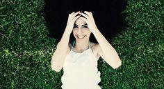 Lächeln ist das Beleuchtungssystem des Gesichts und das Wärmesystem des Herzens.  - Unbekannt