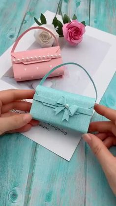 #diy #gifts #for #girlfriend #Paper #Crafts #Origami #Mini #TotesBag #awesome #fashion #art Diy Crafts Hacks, Diy Crafts For Gifts, Diy Home Crafts, Diy Arts And Crafts, Creative Crafts, Simple Paper Crafts, Wood Crafts, Adult Crafts, Cute Crafts