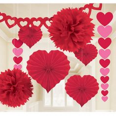 Show your love with this fun red and pink Valentine's Day heart decorating kit. Great for indoor and outdoor use, Valentine's Day and wedding showers. Each piec