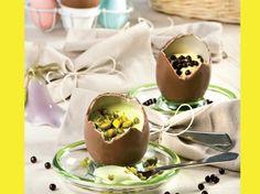 Uova di pasqua farcite http://www.arturotv.tv/pasqua/uova-di-pasqua-farcite-ricette-dolci
