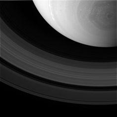|| Cassini: Saturn's polar hexagon & rings, October 11th 2013