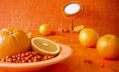 oranges and berries Jaune Orange, Orange Art, Coral Orange, Orange Color, Pink Yellow, What's My Favorite Color, Cinnamon Tea, Orange Wallpaper, Orange You Glad