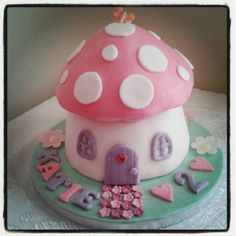 Toadstool Fairy House Cake for a little girl - I want to live in it!