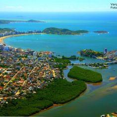 Canal de Guarapari e a Praia do Morro ao fundo! Muito lindo