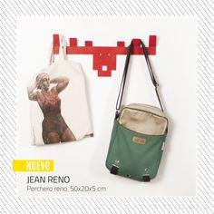 MOLE DESIGN   JEAN RENÓ - PERCHERO www.somosmole.com Jean Reno, Mole, Drawstring Backpack, Lunch Box, Backpacks, Bags, Design, Coat Hooks, Handbags