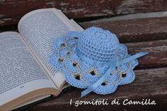 Un romantico cappellino bomboniera con ventaglietti