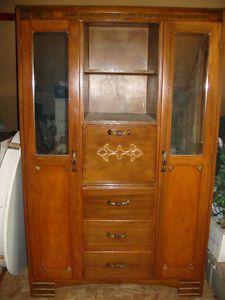 Vieux Meuble De Rangement Age Armoire Home Decor Decor