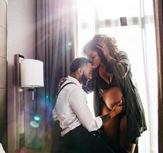 In light of Beyonce's belly bump making headlines (from her symbolic maternity shoot to her powerful Grammys performance), we have decided to do a roundup of black maternity photos across social me…