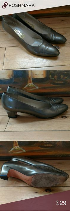 🎀 Salvatore Ferragamo Bronze Heels Beautifully made Salvatore Ferragamo bronze heels. Made in Italy. Size 7 1/2 AAAA Narrow. Signs of wear shown in pictures. Approx 2 inch heel. Reasonable offers accepted. Salvatore Ferragamo Shoes Heels