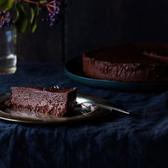 Food 52 - The Magic of the Chocolate Oblivion Truffle Torte, As Told By Rose Levy Beranbaum Food Cakes, Cupcake Cakes, Cupcakes, Flourless Chocolate Torte, Chocolate Truffles, Chocolate Torte Cake, Chocolate Butter, Chocolate Lovers, White Chocolate