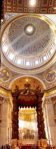Interior of St Peter Basilica in Vatican City, Rome Lazio. Photo: A. Baliek | House of Beccaria ~ BOUTIQUE CHIC ~