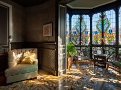 Luxury apartment with gorgeous stained glass in Barcelona, Spain. Build in 1904 by Domenec Boada Rental Apartments, Luxury Apartments, Home Decor Kitchen, Home Decor Bedroom, Bedroom Ideas, Indian Interior Design, Barcelona Apartment, Indian Interiors, Rococo Style