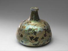 Onion bottle, 1700-1725.
