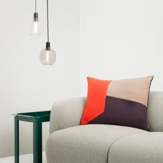Amp riippuvalaisin, iso, kulta/vihreä | Riippuvalaisimet | Valaisimet | Finnish Design Shop Norman Copenhagen 107e