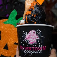 Here's a picture of our favorite reminder that Halloween is only 3 days away 👻 #downtownyogurt