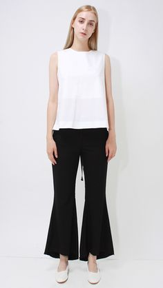 Lemise Top, a lightweight in Off-White with black bow tie