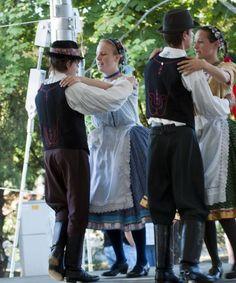 A zalakarosi bornapokon a népi hagyományoknak is tisztelegtünk.