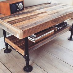 Classic wooden coffee table cm by pipers_workshop Building Furniture, Pipe Furniture, Industrial Furniture, Industrial House, Industrial Pipe, Vintage Industrial, Pipe Table, Space Projects, Living Room Lounge