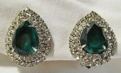 Vintage Couture Runway Juliana D&E Emerald Green Tear Drop Rhinestone Earrings #Juliana #HauteCouture