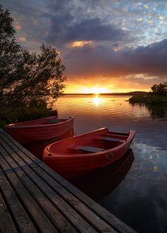Sunset at Lake Myvatn by Gernot Posselt on Amazing Sunsets, Beautiful Sunset, Amazing Nature, Beautiful World, Beautiful Places, Beautiful Pictures, Sunset Photography, Landscape Photography, Image Nature