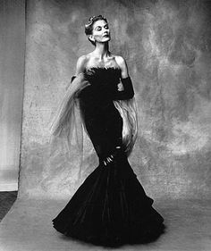 Irving Penn's wife and muse, Lisa Fonssagrives in an evening gown by Marcel Rochas. Vogue, 1950.
