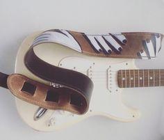 Raven Guitar Strap - Leather Guitar Strap