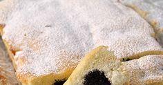 Avevo scongelato tre albumi. Ci volevo fare dei muffins visti su un blog. Ma gli avanzi della torta di Sarah erano sempre lì (non ch...