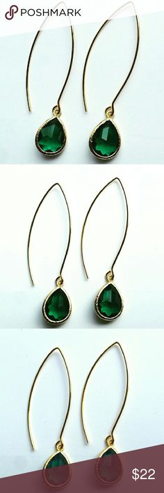Gorgeous Emerald Marquise Dangle Earrings Gorgeous handmade emerald marquise dangle earrings. Beautiful faceted emerald crystal glass with elegant marquise earwire. Very lightweight and perfect for day to evening glam! 2.3 inches shopjewelry  Jewelry Earrings