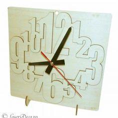 Ceas de perete sau birou