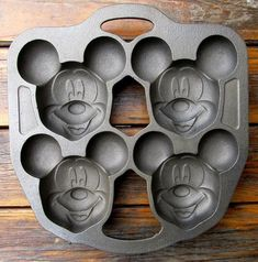 DISNEY CAST IRON LODGE LIMITED MICKEY MOUSE MUFFIN MOLD GEM CAKE PAN MARKED USA