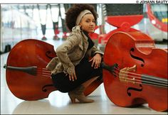 Google Image Result for http://www.miccicohan.net/blog/wp-content/uploads/2010/04/esperanza-spalding-photo-by.jpg