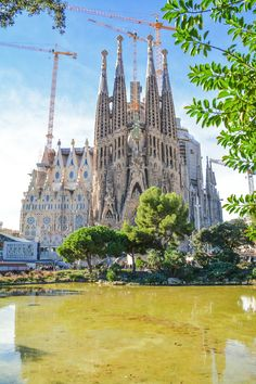12 Amazing Things To See And Do On A First Trip To Barcelona