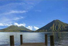 Nuestro Lago de Atitlán!  Fotografía por @sergioalpez -Use #QuePeladoGuate on your pictures and we might post it in our page. #QuePeladoGuate #Guatemala #perhapsyouneedalittleguatemala #VisitGuatemala #gpchapin #atitlan #lakeatitlan #Panajachel #solola