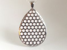 """Fitbit Flex pendant / necklace - Teardrop """"Honeycomb"""" Silver tone with white leather"""