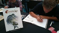 "Signing copies of my Comic book ""Cynocephales"" in Bruxelles festival 2017.  #copic #stefanotamiazzo #cynocephales"