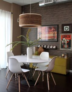 modern dining room by Natalie Younger Interior Design, Allied ASID Breakfast room Round Table And Chairs, Round Dining, Side Chairs, Small Dining, Side Tables, Esstisch Design, Loft House, Eames Chairs, Dining Chairs