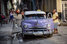 Purple Plymouth | Just a typical scene in old Havana - every… | Flickr
