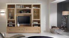 Qualità, e design, a 360: living noce natura di Stilema mobili.