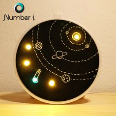 Hand Embroidery Videos, Embroidery Hoop Art, Embroidery Patterns, Solar System Crafts, E Textiles, Unicorn Pictures, Handmade Beaded Jewelry, Led Night Light, Creations