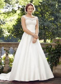 Lea Ann Belter Wedding Dresses Photos on WeddingWire