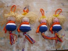 🌟Tante S!fr@ loves this📌🌟De Breimeisjes Dutch Tulip, Going Dutch, Kings Day, Fathers Love, Art Club, Dream Catcher, Christmas Ornaments, Knitting, Holiday Decor