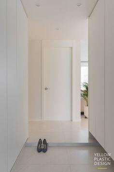 1번째 이미지 White Interior Design, Closet Designs, Wooden Doors, Dream Bedroom, Home And Living, Home Remodeling, Tall Cabinet Storage, House Design, Furniture